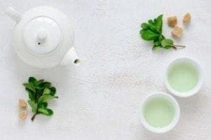 Зеленый чай, польза и вред для здоровья после 50 лет